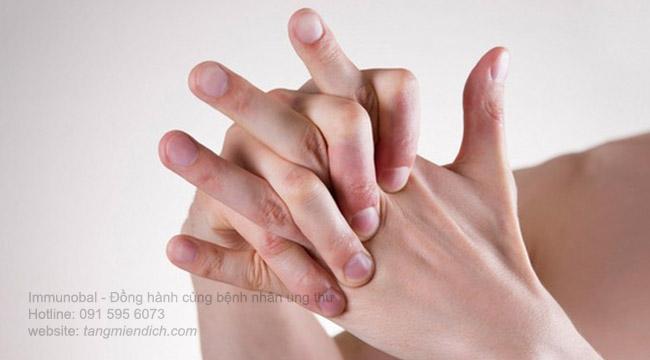 Các triệu chứng của bệnh ung thư máu