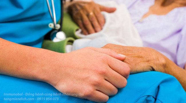 miếng dán giảm đau cho bệnh nhân ung thư