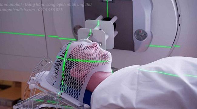 xạ trị và hóa trị