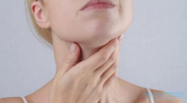Dấu hiệu của bệnh ung thư vòm họng