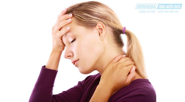 triệu chứng của ung thư vòm họng